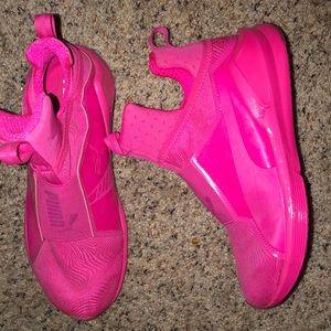 Women's Puma shoes.